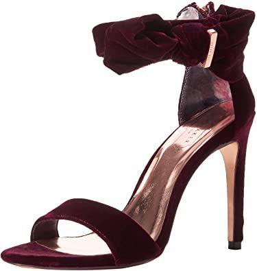 La couleur de tes chaussures pour le grand jour ? 6