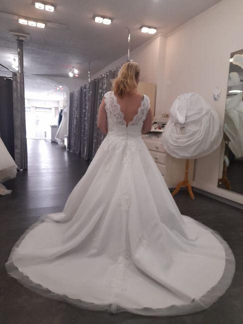Changement de robe à 5 semaines du mariage 2