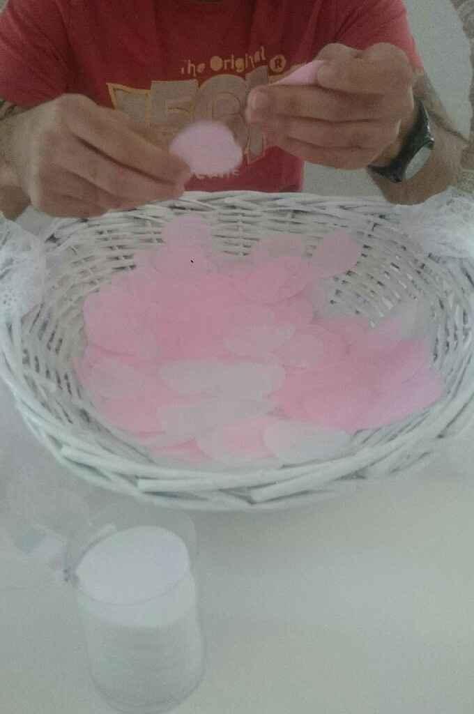 Quantité des confettis en forme de coeur: j'ai compté !! - 1