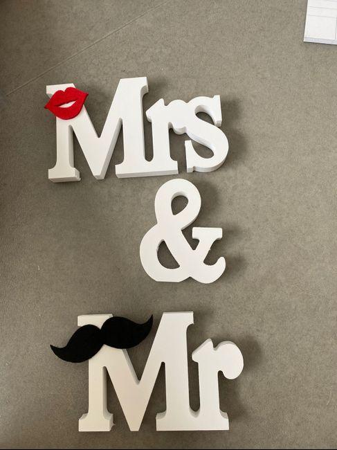 Vas-tu graver des objets avec le titre : Mr & Me ? - 3