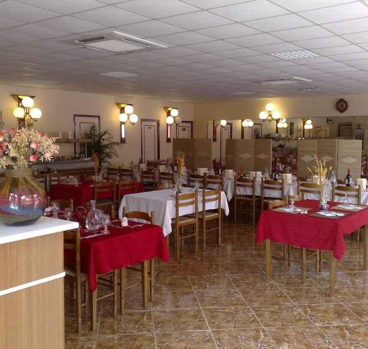 Salle intérieure non décorée