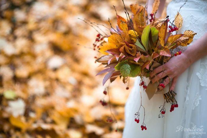 2 mariages, 2 bouquets. Laquelle préfères-tu ? 1