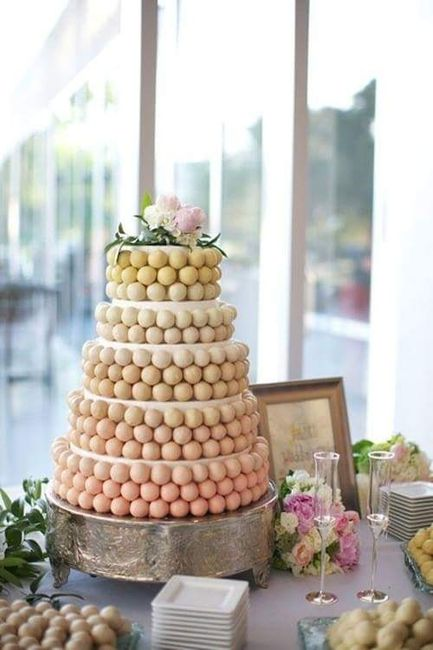 wedding cake pop decorations pi 232 ce mont 233 e macaron banquets forum mariages net 23521