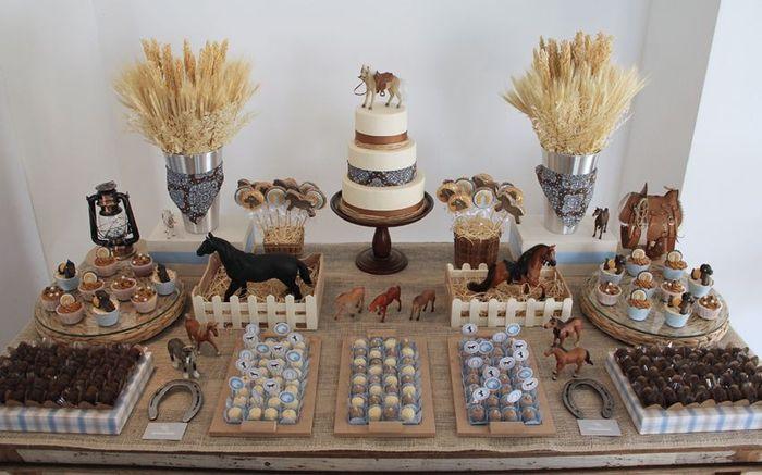 Recherche idées de décos pour la table des gâteaux sur le thème des chevaux. 2