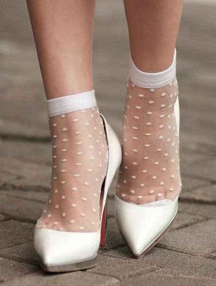 c comme ... collants (ou chaussettes) 1