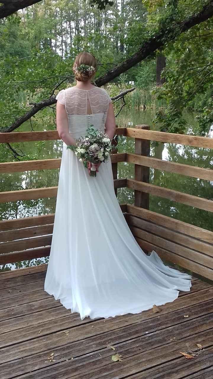 Idées de pose de photo de la mariée seule 4