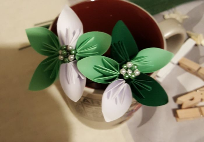 bouquet de fleurs en origami page 3 d coration forum. Black Bedroom Furniture Sets. Home Design Ideas