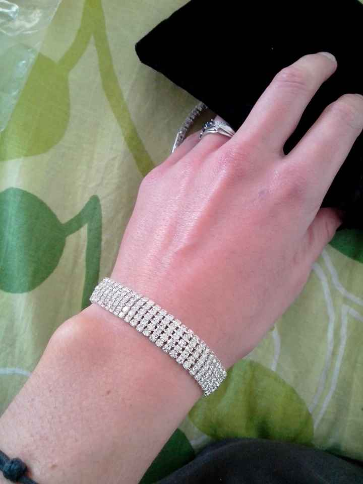 Bracelet mariee: avis svp ;-) - 2