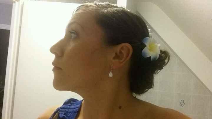 Essai coiffure :quelle fleur? - 1
