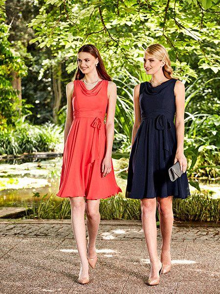 Montrez moi les jolies robes de vos mamans page 2 for Robe maxi corail pour mariage