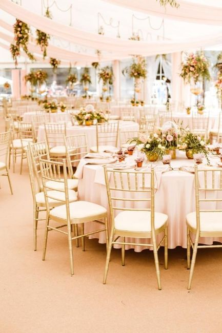 Bataille des mariées - 2 decorations. 1