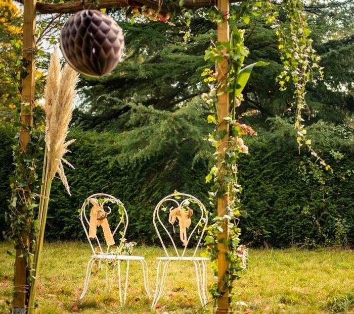 Trouvez l'intrus : mariage champêtre. 2