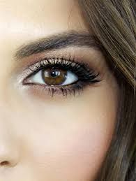 Maquillage yeux bleux 9