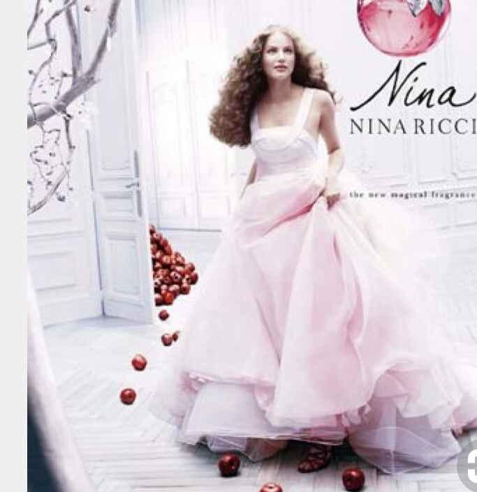 Se marier dans une robe de couleur : Pour ou contre ? 🙂 - 1