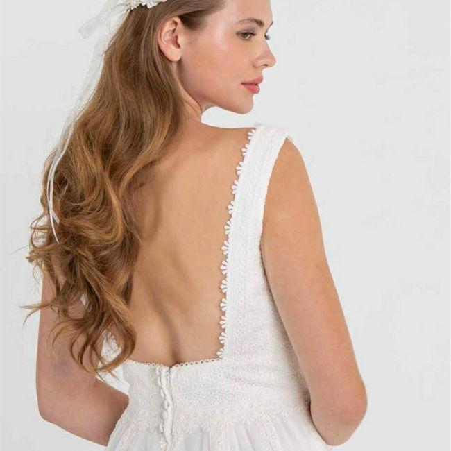 Tu en penses quoi du dos de cette robe de mariée ? 5