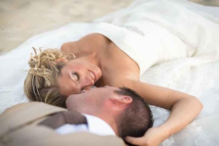 Photos de couple chez nous à la plage 2
