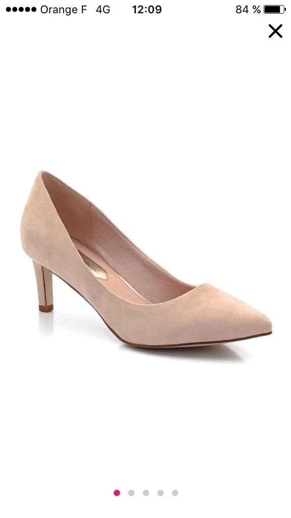 Urgent - cherche chaussures roses désespérément - 1