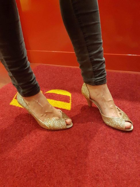 Chaussures à paillettes - help elles accrochent 1