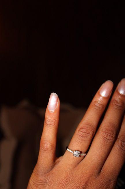 Qui porte une bague de fiançailles ? 3