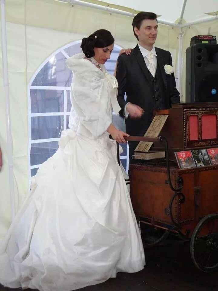 Cherche bolero ou veste pour mariée en blanc - 1