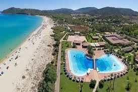 Notre hôtel et la plage de notre cérémonie laique