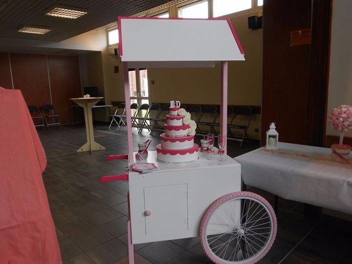 chariot avec urne gâteau