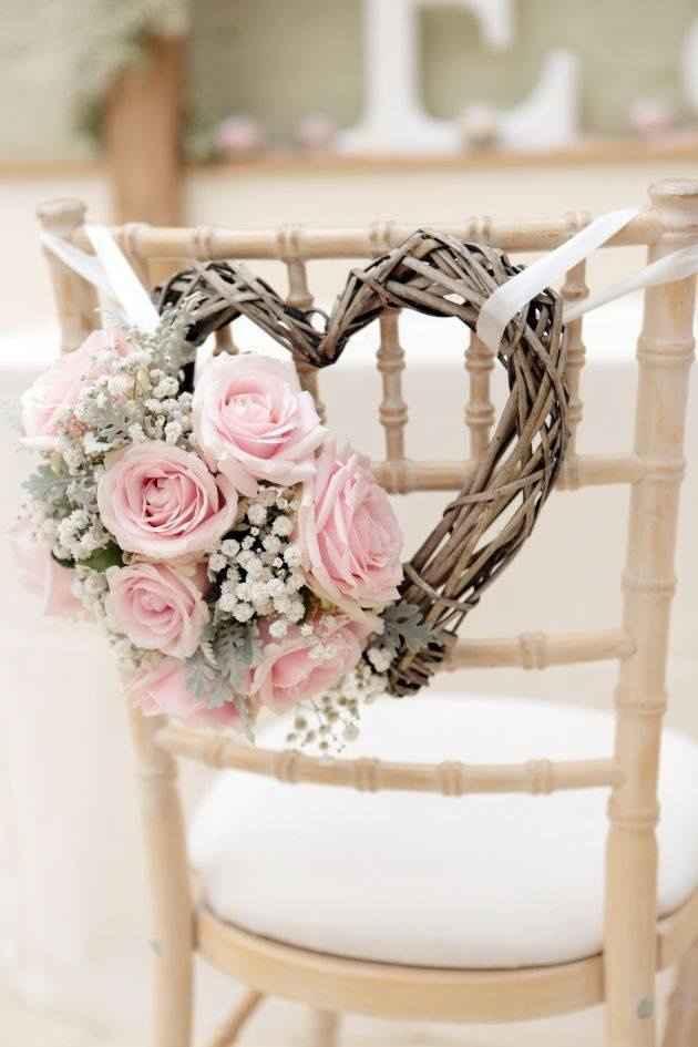 idée déco de chaise pour les mariés