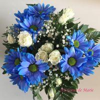 Bouquet fleurs bleues et blanches