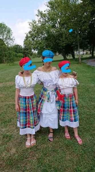 mes enfants dhonneur...il en manque 3 + ombrelles