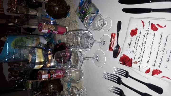 mes serviettes de table, beaume coca cola pour les lèvres cocktail