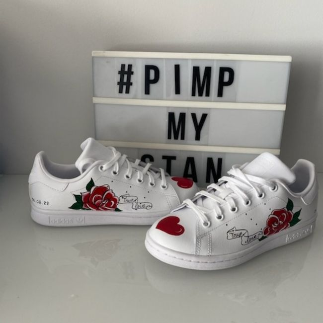 Baskets style Stan smith ou converse - 1
