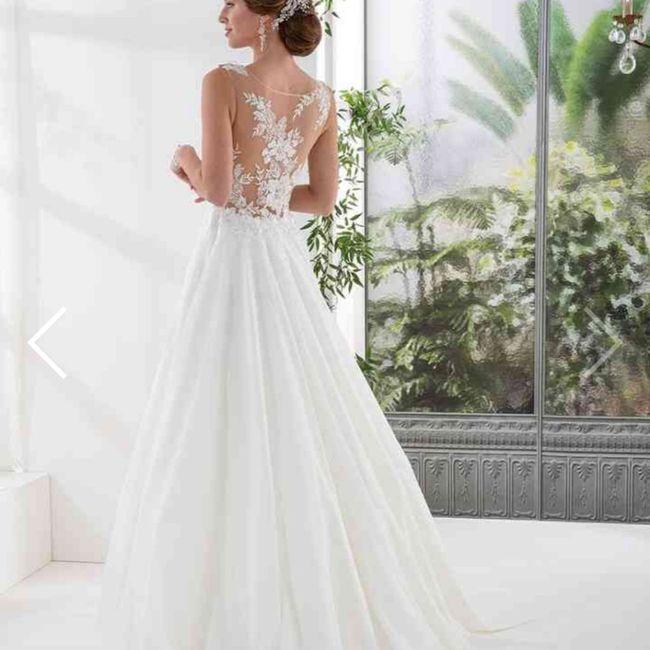 Tu en penses quoi du dos de cette robe de mariée ? 6