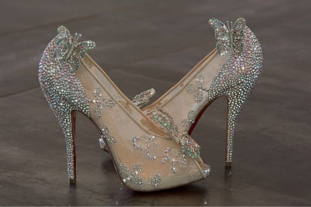 chaussure louboutin cendrillon