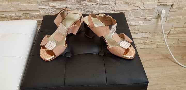 Chaussures de secours ! - 1