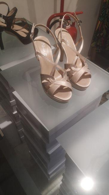 Avis !! Chaussures champagne & robe blanche, ça passe ? - 1