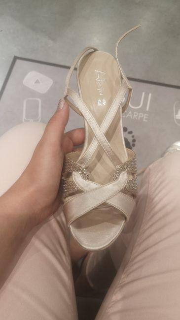 Avis !! Chaussures champagne & robe blanche, ça passe ? - 2