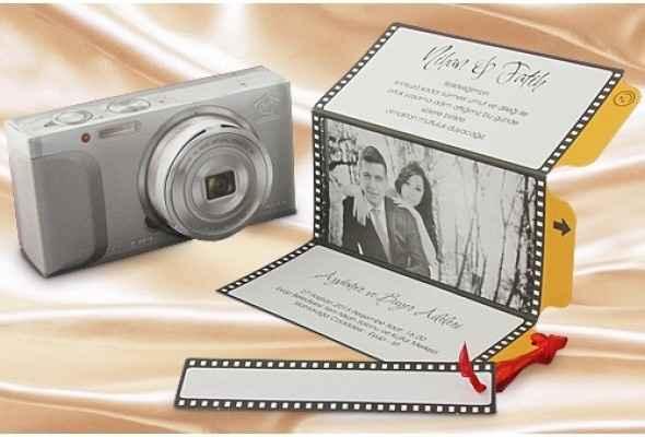 Faire part de mariage original appareil photo:
