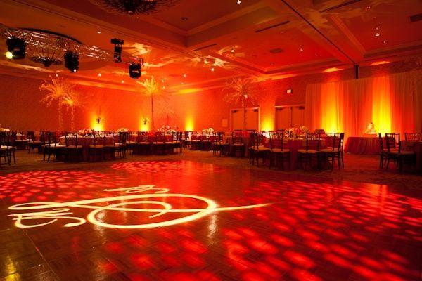 eclairage de la salle avec des spot a led organisation du mariage forum. Black Bedroom Furniture Sets. Home Design Ideas
