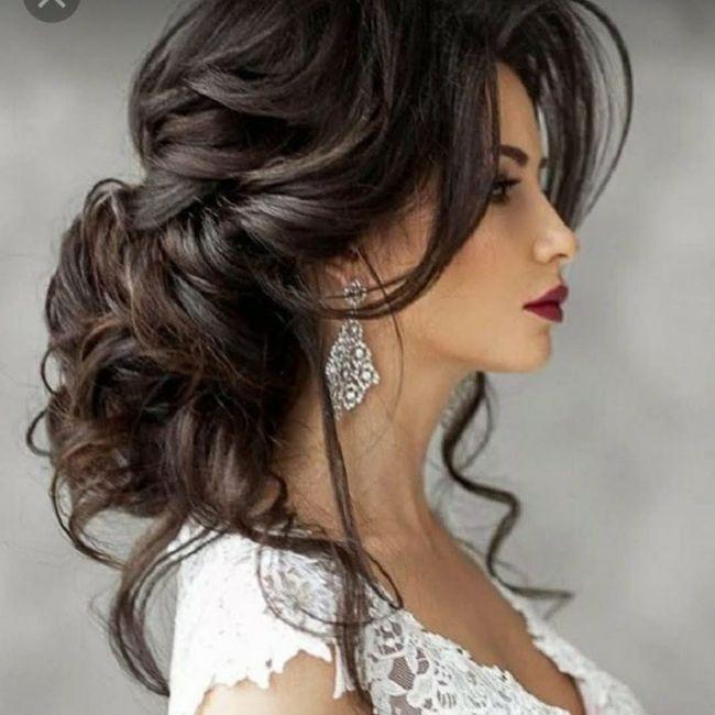 Cheveux : attachés ou détachés ? 2
