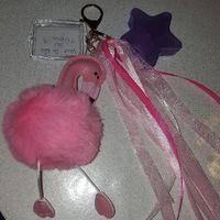 porte clés pour mes temoins filles que j'ai fait moi même dans mon theme (Alice)