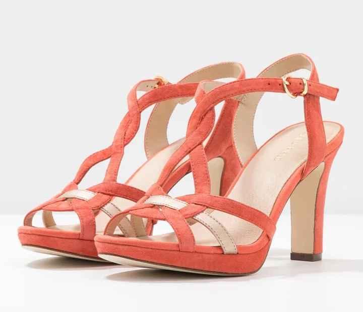 La couleur de tes chaussures pour le grand jour ? 5