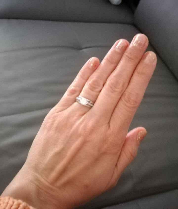 Parlez moi de vos ongles... 9