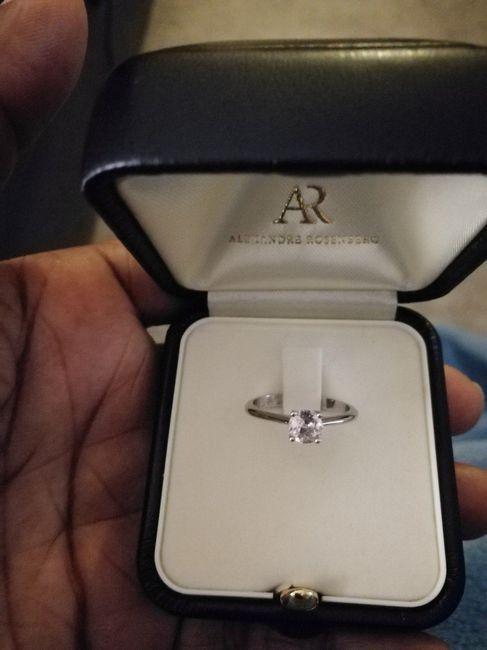 Bague de fiançailles : Avec ou Sans diamant ? 2