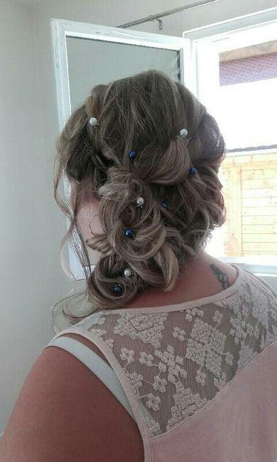 Essai coiffure et manucure !!!! - 2