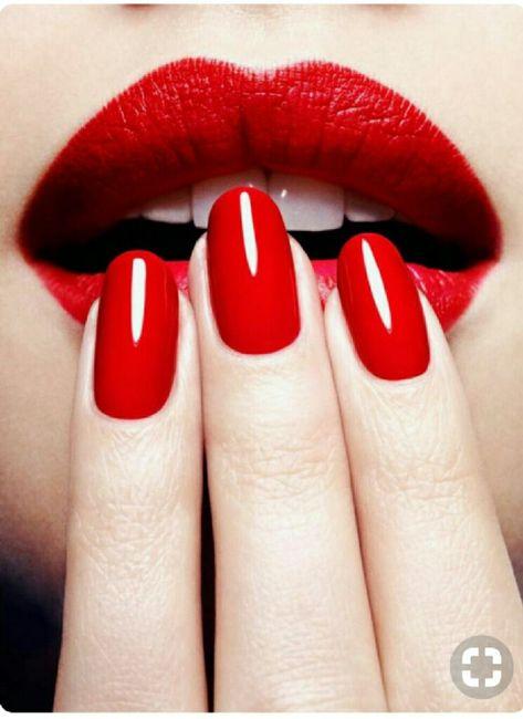 Assortir rouge à lèvres et verni ? 1