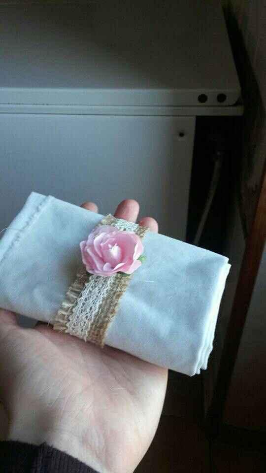 Rond de serviette et suspension florale - 2
