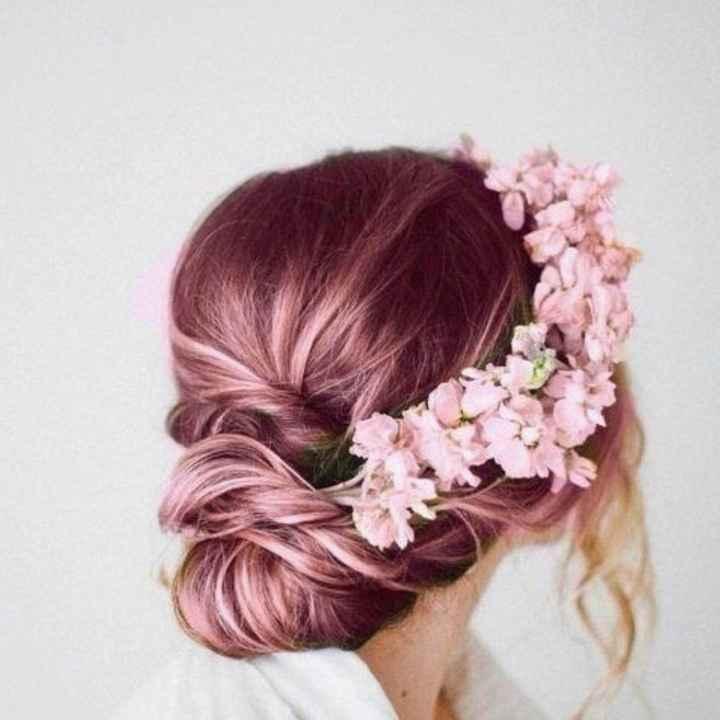 Voici quelques coiffures de mariées aux cheveux colorés - 2
