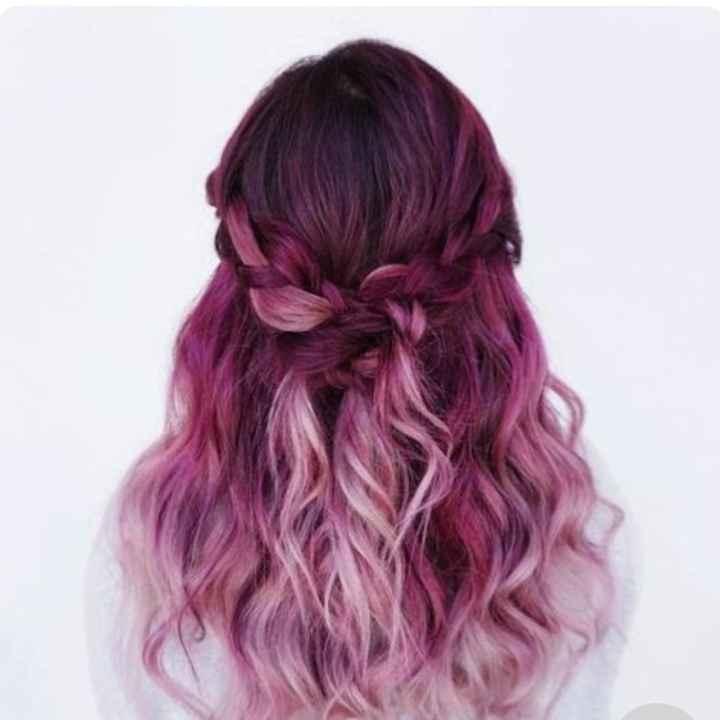 Voici quelques coiffures de mariées aux cheveux colorés - 8
