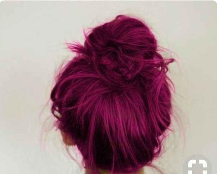 Voici quelques coiffures de mariées aux cheveux colorés - 9