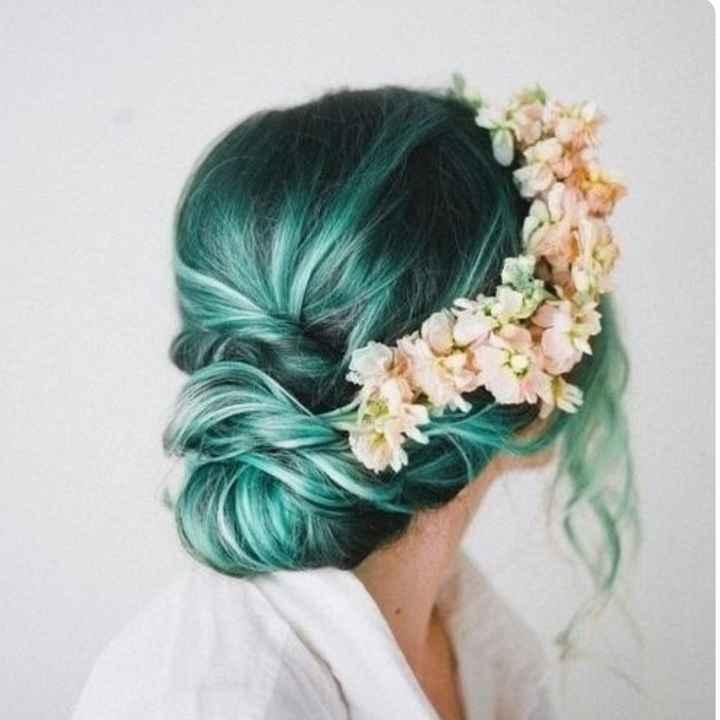 Voici quelques coiffures de mariées aux cheveux colorés - 11